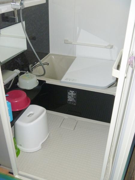 LIXIL「キレイユ」を採用されたN様邸浴室・トイレリフォーム